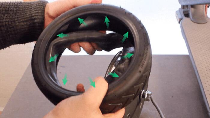 Changement pneu trottinette électrique