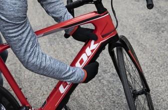 Cyclisme: Bernard Hinault confesse son amour pour le vélo électrique
